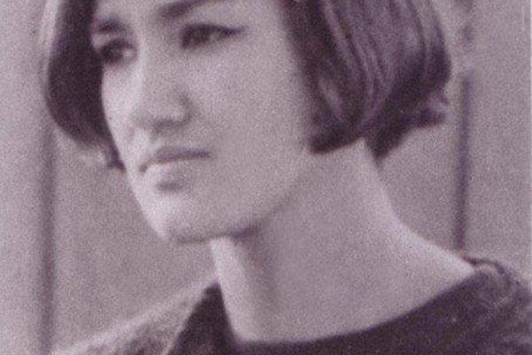 Patricia Ariza en la época del Nadaísmo